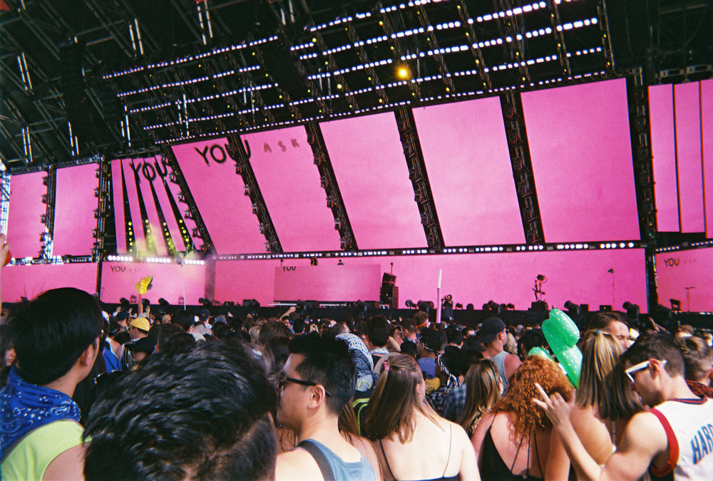 Whethan's set in the new Sahara Tent