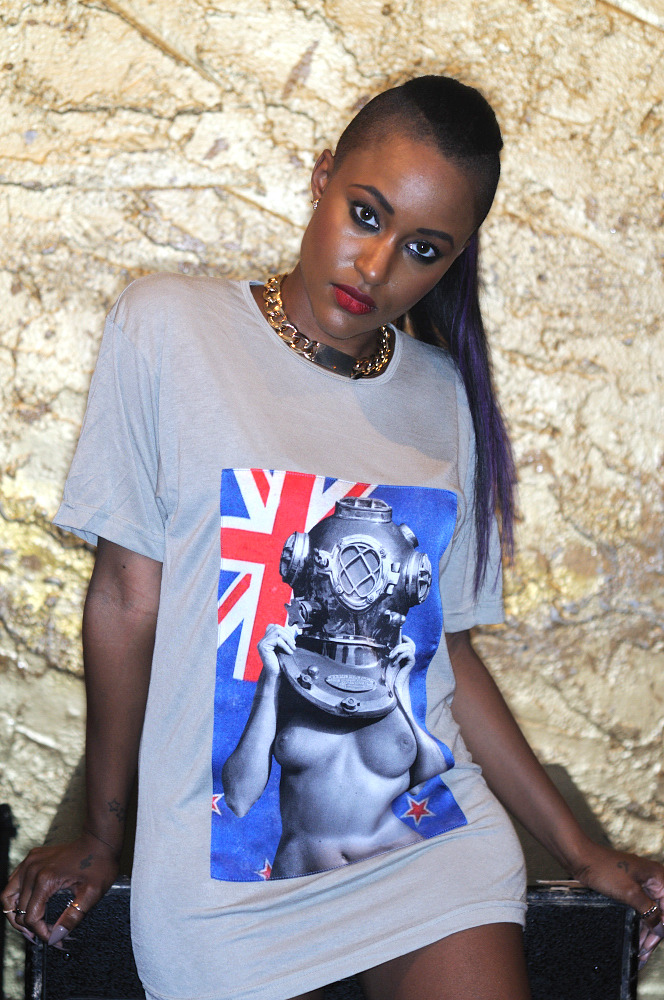Diver UP! Kiwi (New Zealand) Viscose Tee with Silk Photograph. SPiN Galleries Shanghai. MADE in USA. Shown on Recording Artist, Chantae Vetrice Spinelli