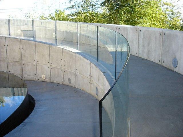 cayman-glass-railings-artistic-glass-interiors-large-6.jpg