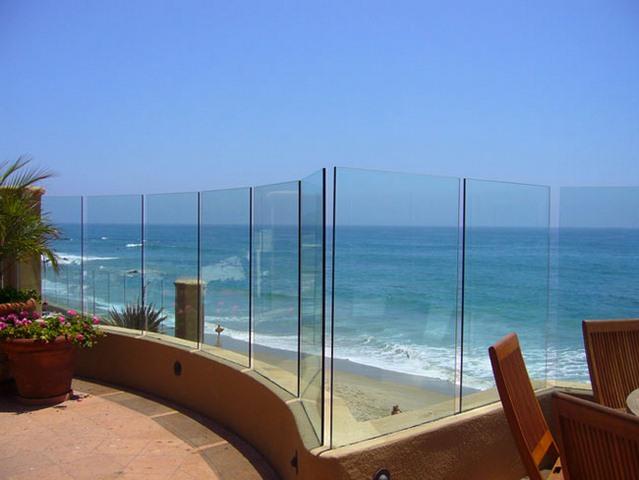 cayman-glass-railings-artistic-glass-interiors-large-11.jpg
