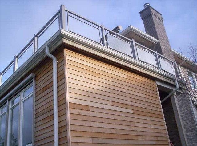 cayman-glass-railings-artistic-glass-interiors-large-15.jpg