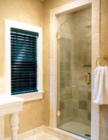 cayman-showers-artistic-glass-interiors-large-7.jpg