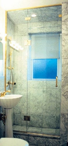 cayman-showers-artistic-glass-interiors-large-8.jpg