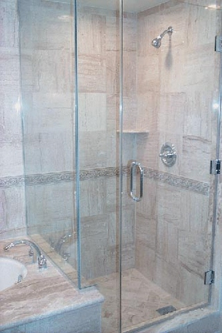 cayman-showers-artistic-glass-interiors-right-angle-large-9.jpg