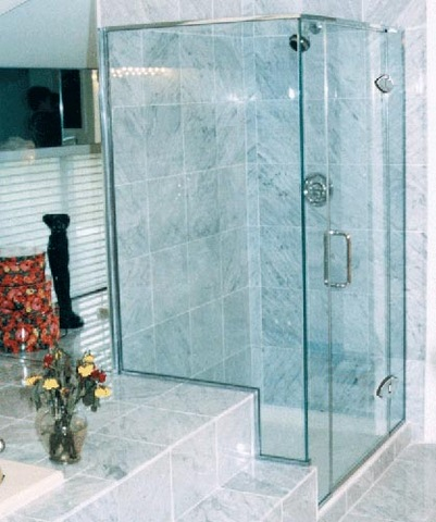 cayman-showers-artistic-glass-interiors-right-angle-large-16.jpg