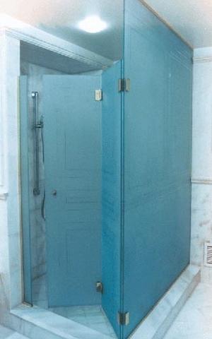 cayman-showers-artistic-glass-interiors-custom-large-11.jpg