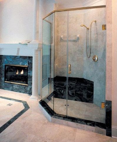 cayman-showers-artistic-glass-interiors-custom-large-16.jpg