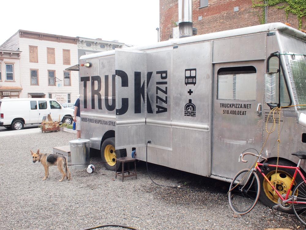 Sam Starr Truck Pizza 3.JPG