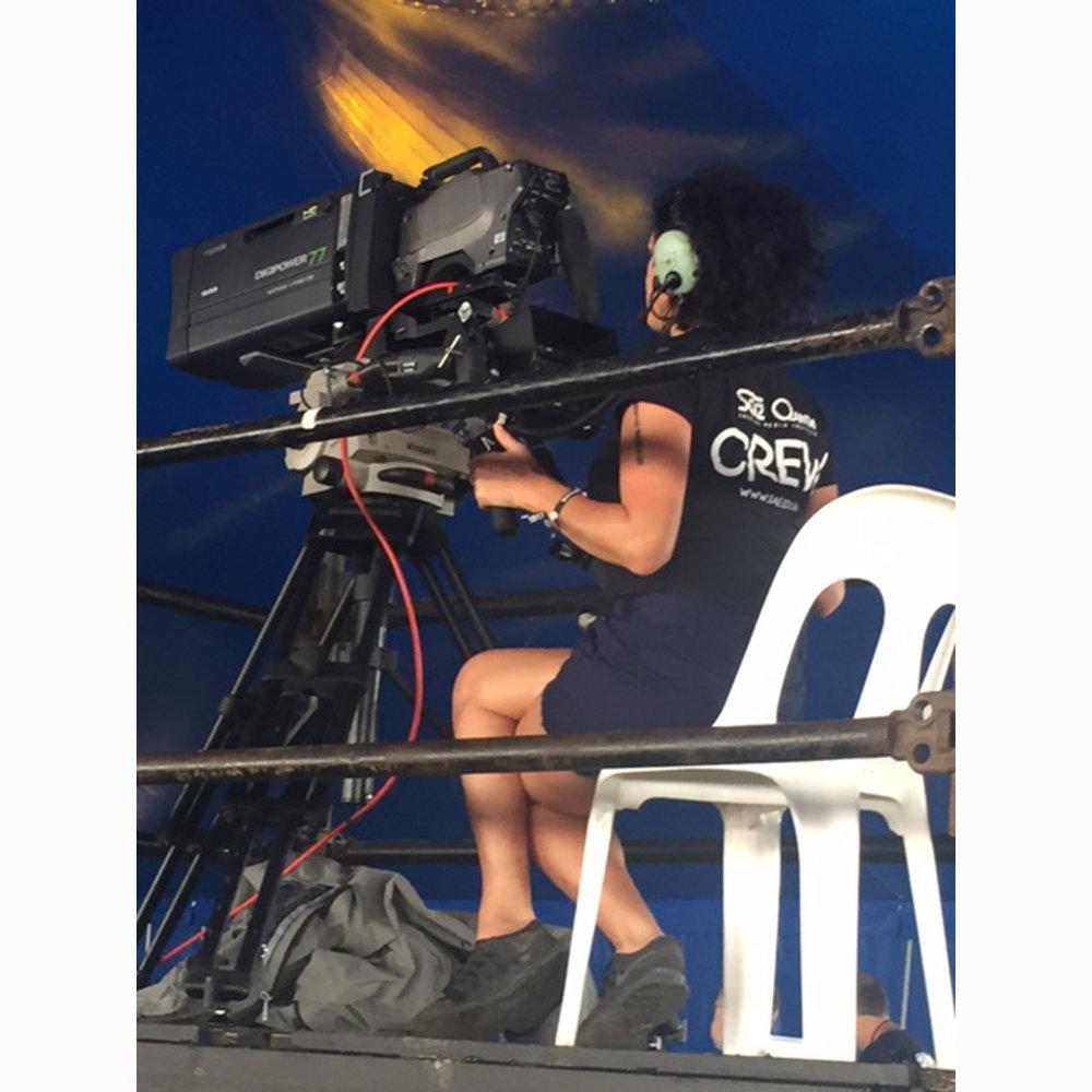 SAE-filmtvaudio-Student-Working-Bluesfest.jpg