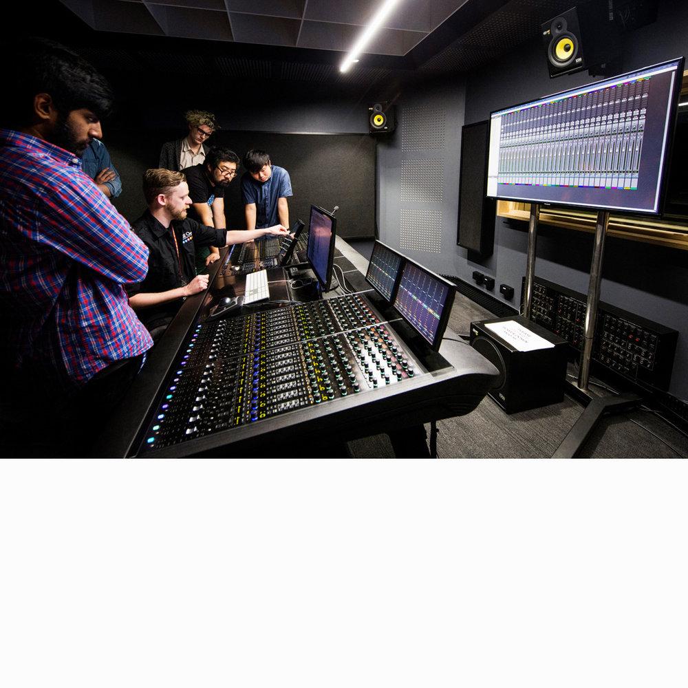SAE-filmtvaudio-SydneyCampus-Studio2.jpg