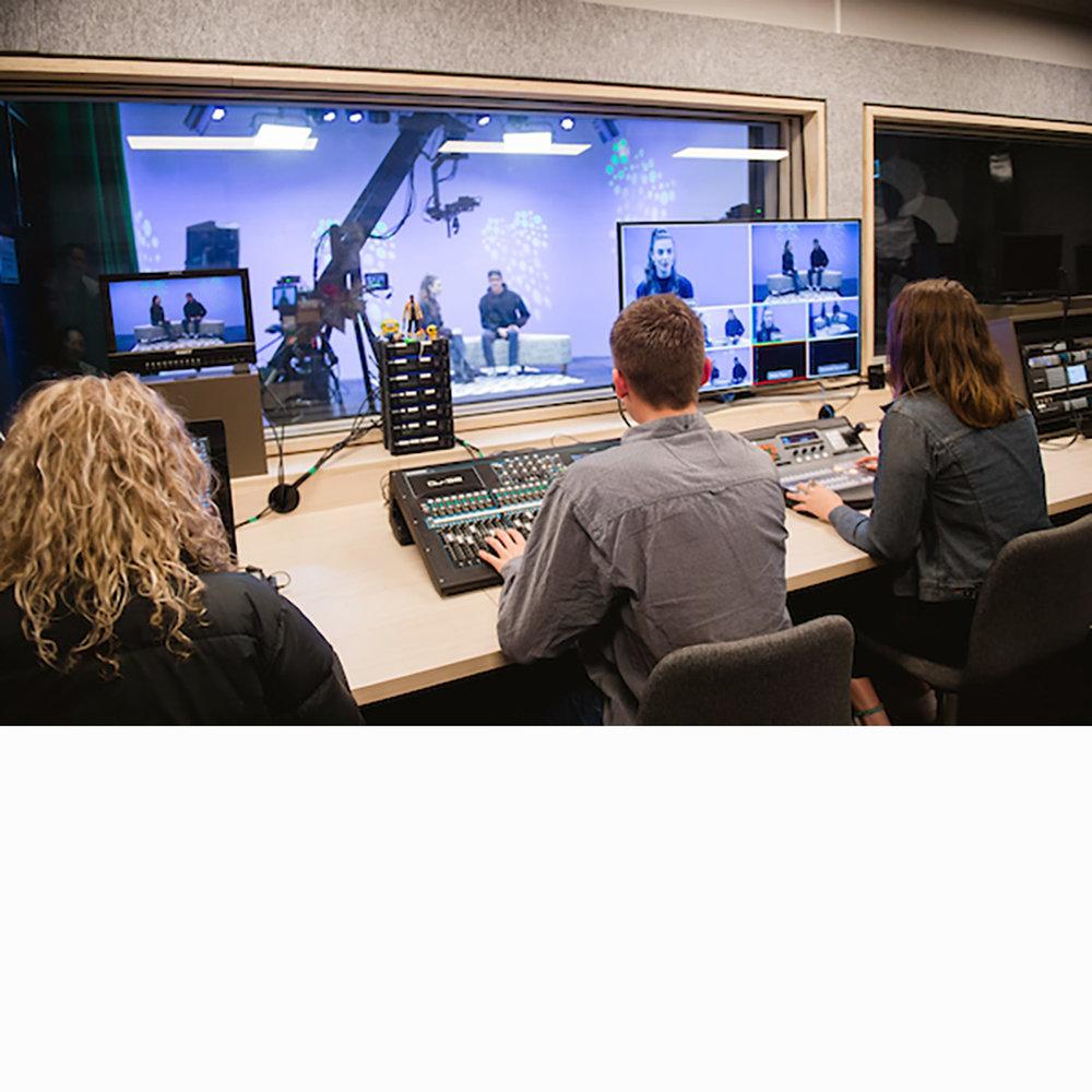 ACU-MEL-2017-FEA-188-media-studio.jpg
