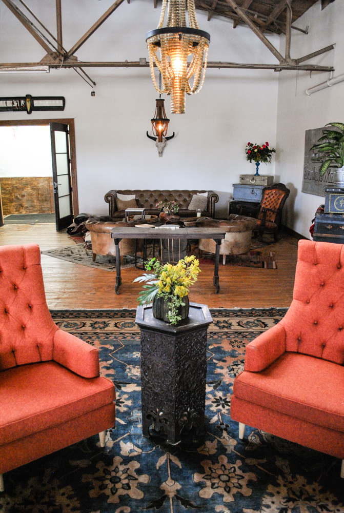 lounge19.jpg
