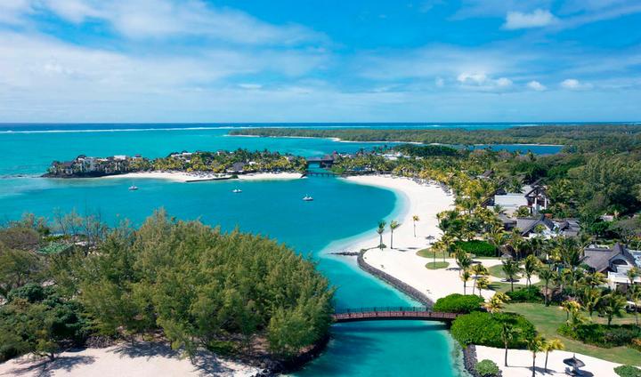 SHANGRI-LA'S LE TOUESSROK RESORT & SPA   Évadez-vous vers un sanctuaire tropical   Shangri-La's Le Touessrok Resort & Spa, Mauritius, est une destination cinq étoiles qui établit de nouveaux standards de service et de qualité dans une destination déjà synonyme de luxe.