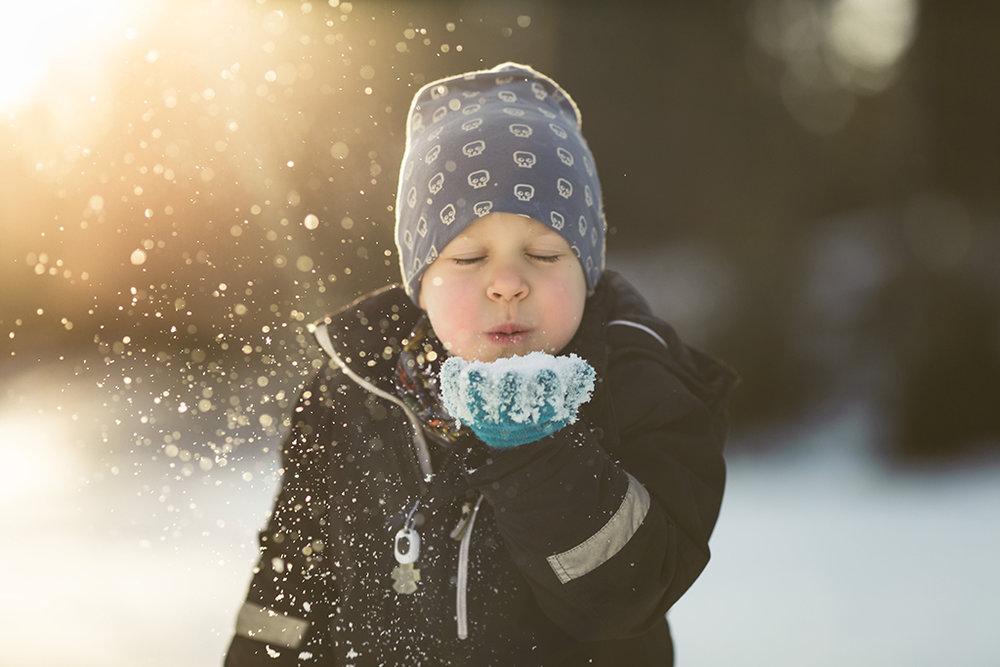 Vinter-familjefotografering-familjefotograf-Stockholm.jpg