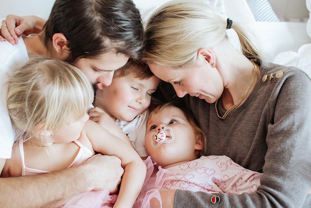 Lifestyle-familjefotograf_Stockholm-Hemma-hos-fotografering-Stockholm_Evelina_Hinds_5.jpg