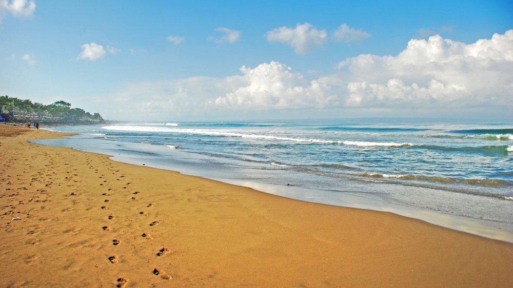 Batu Belig Beach, source: google