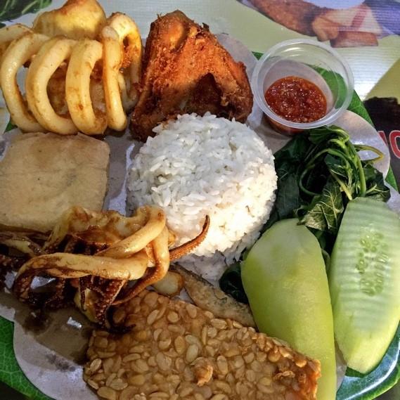 Nasi Tempong Bu Indra, source: google
