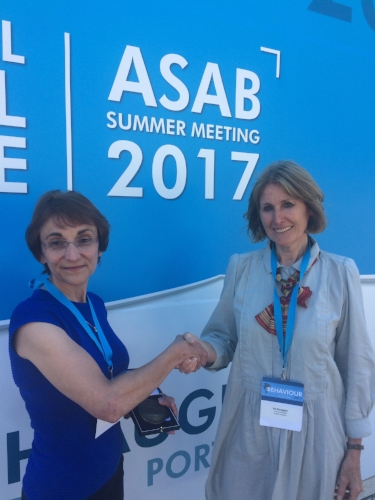 Prof. Jane Hurst is awarded the 2017 ASAB Medal by Prof. Pat Monaghan.