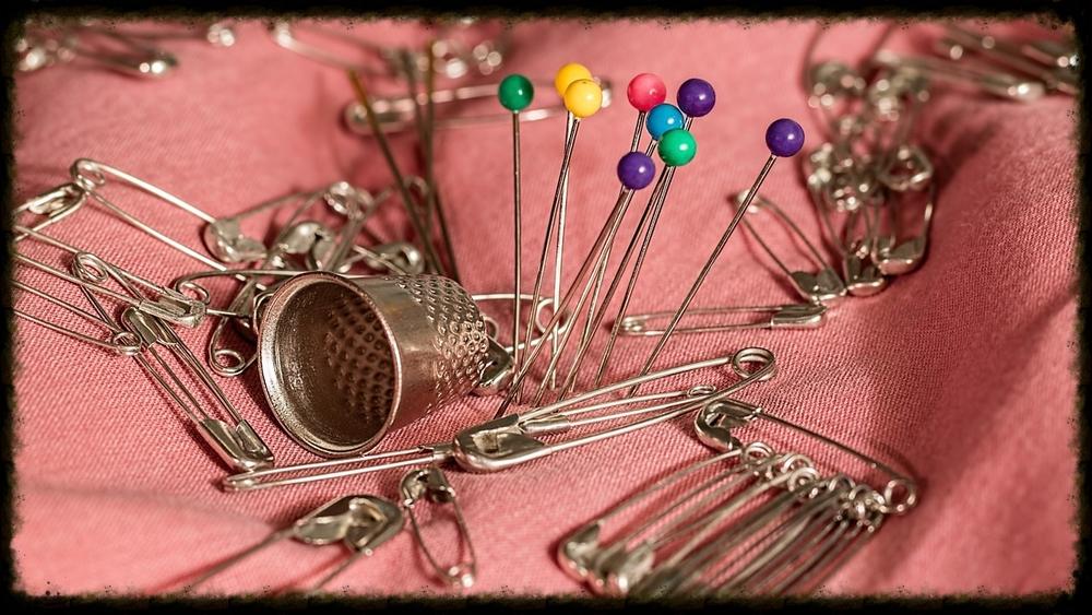sewing-661992_1280.jpg