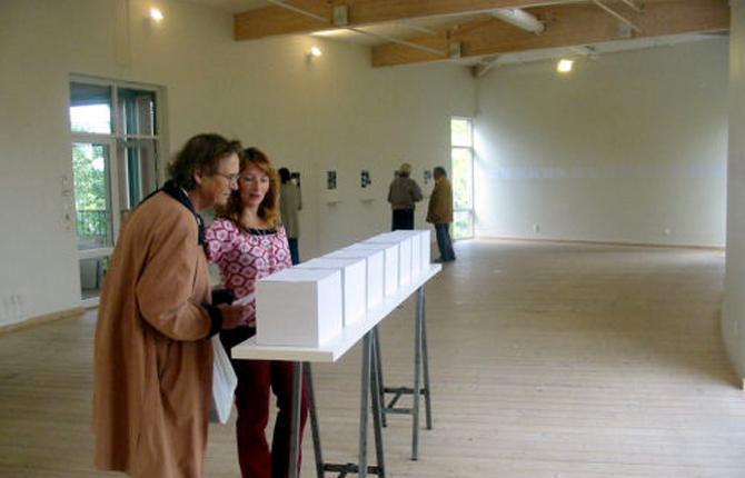 Vitehall Exhibition Breathing Project-Sarvenaz DezvarehHall-Kungsbacka-Sweden-September-October 2003-9.jpg