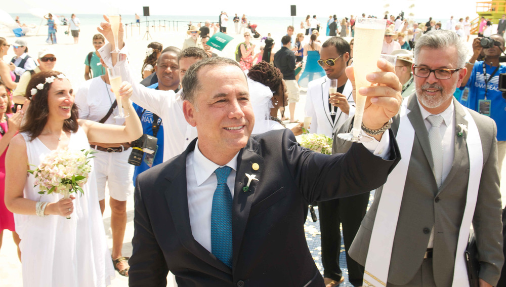 Mayor Philip Levine