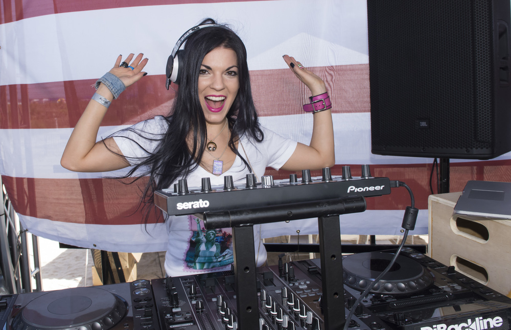 DJ Kat Lane