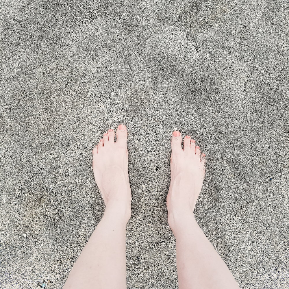 Last day on the beach - just look how tan my feet are! 😂
