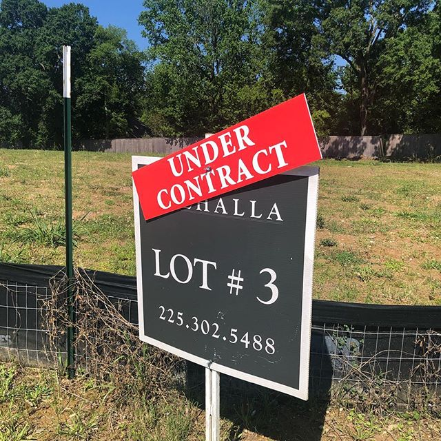Another lot under contract in #Valhalla! That means we only have 4 lots left in this beautiful development! Contact us today at (225) 302-5488 for more information!