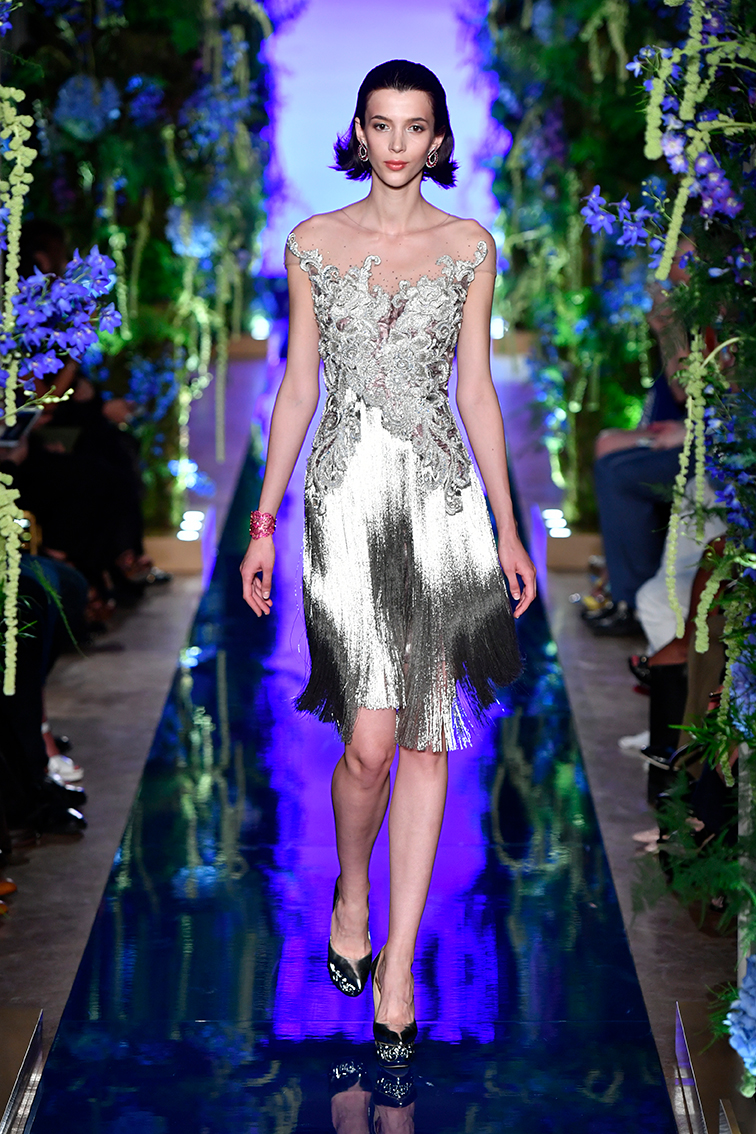 Guo-Pei-FW17-18-Couture--Look-2.jpg