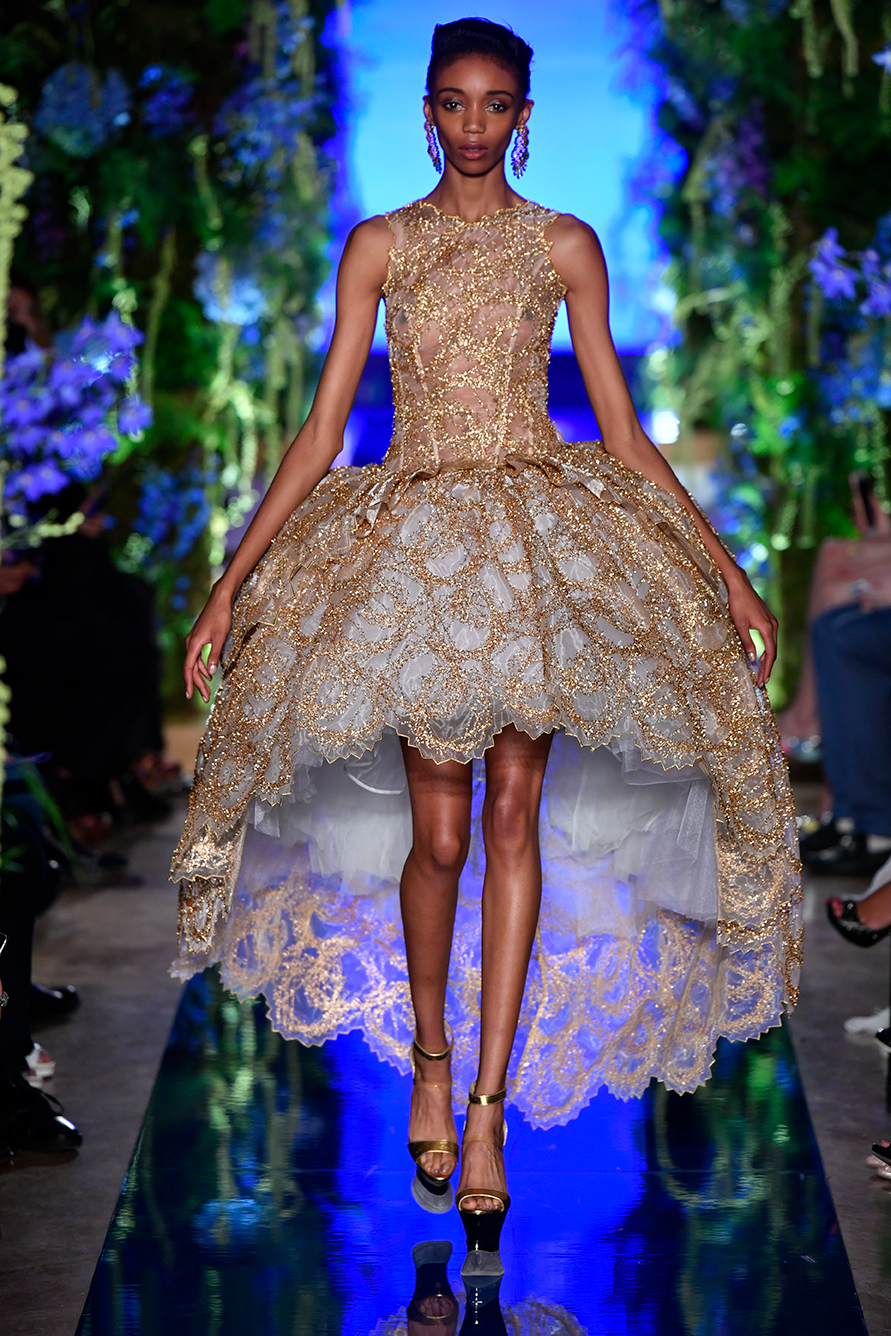Guo-Pei-FW17-18-Couture--Look-20.jpg