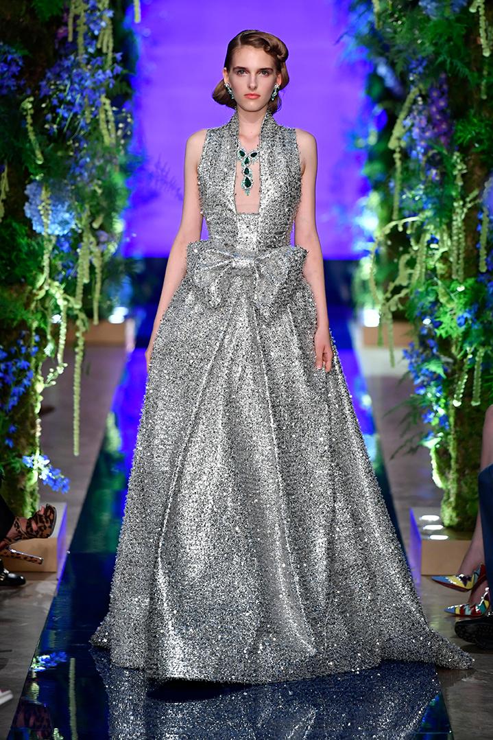 Guo-Pei-FW17-18-Couture--Look-40.jpg