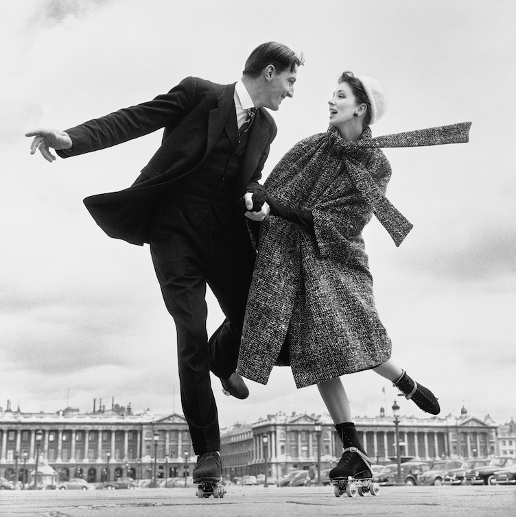 Suzy Parker and Robin Tattersall, coat by Dior, Place de la Concorde, Paris,  August 1, 1956