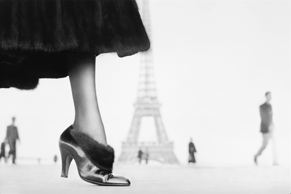 Shoe by Perugia, Place du Trocadéro, Paris, August 1948