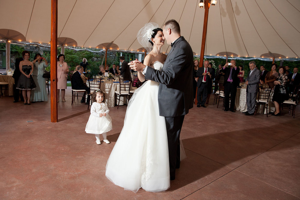first dance willowdale estate wedding jp langlands photography
