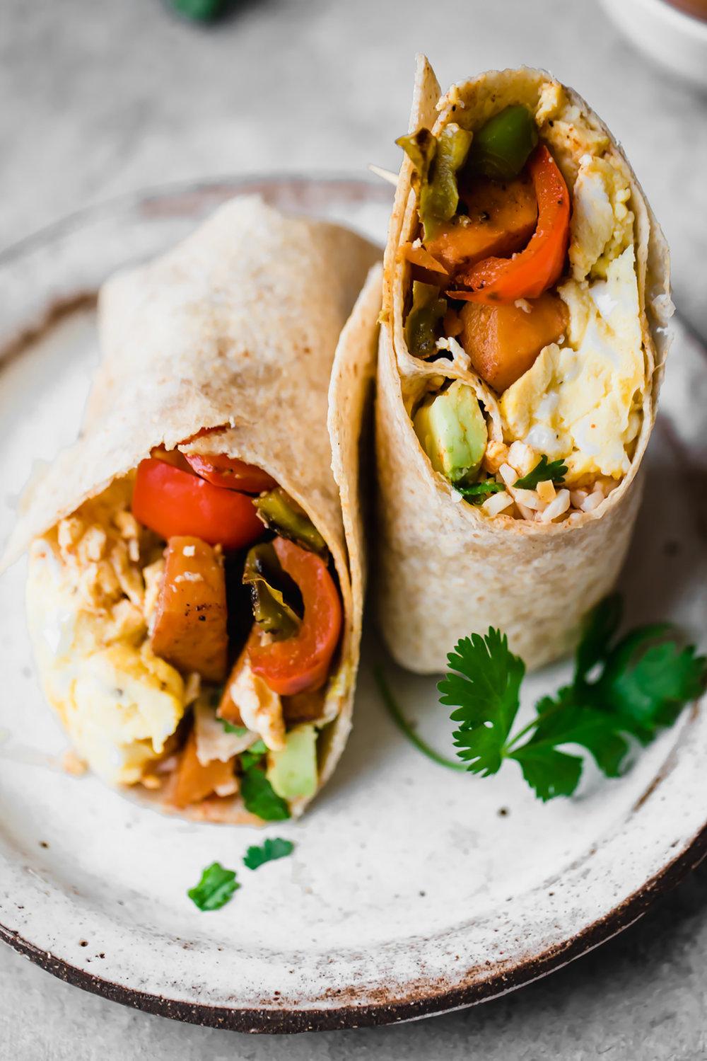 Credits:https://www.ambitiouskitchen.com/veggie-freezer-friendly-breakfast-burritos/