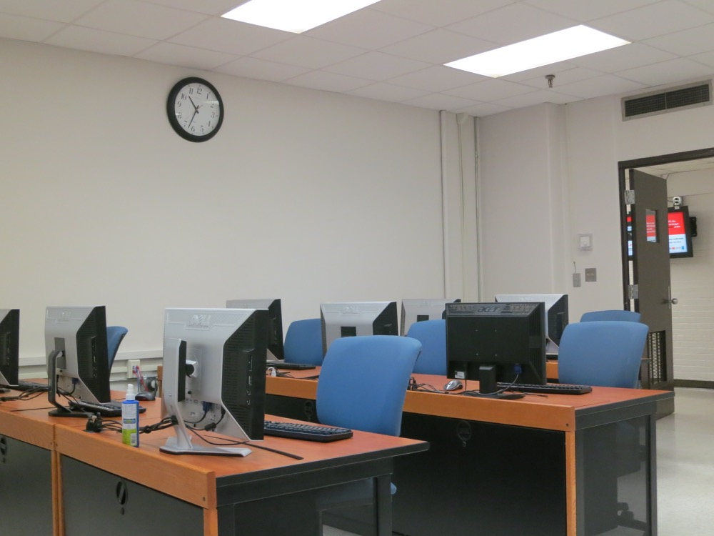 Baton Rouge Community College - Acadian Computer Lab