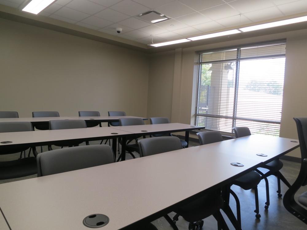 Baton Rouge Community College - Automotive Classroom 1