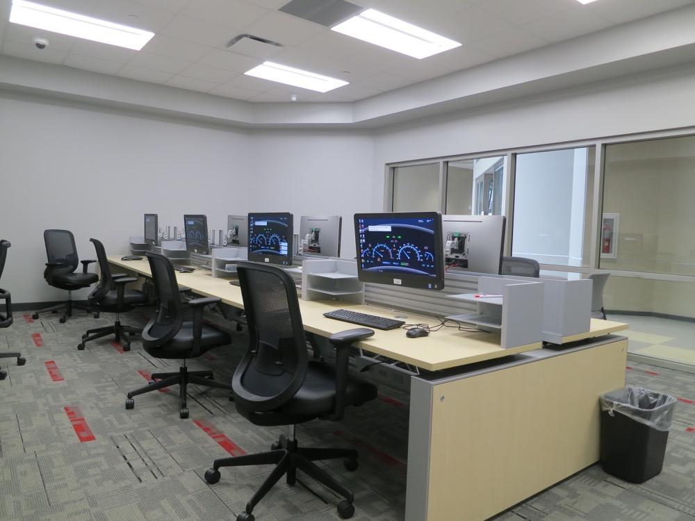 Baton Rouge Community College - Automotive Computer Lab