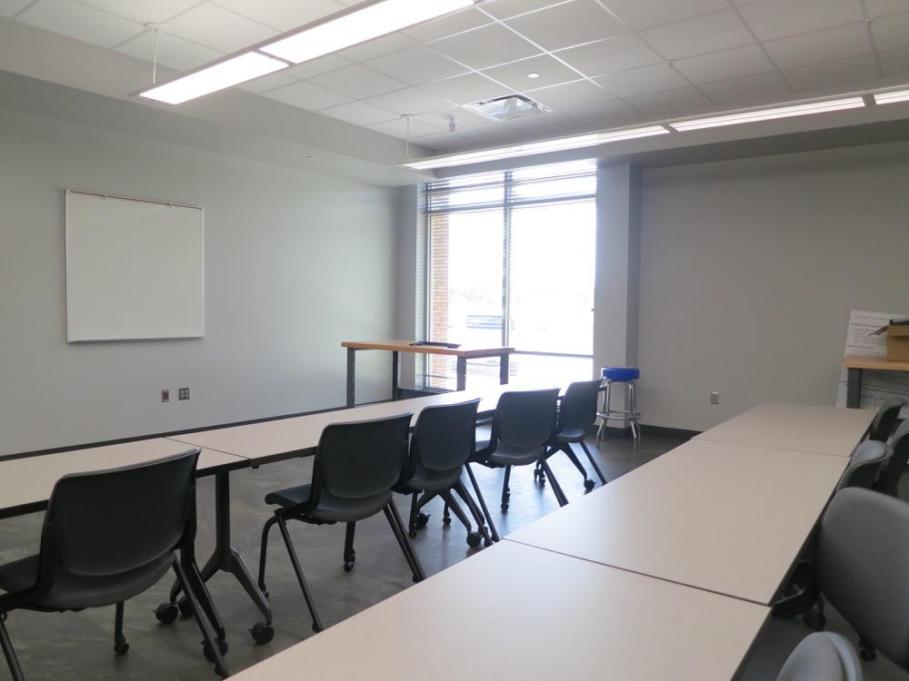 Baton Rouge Community College - Automotive Classroom 2