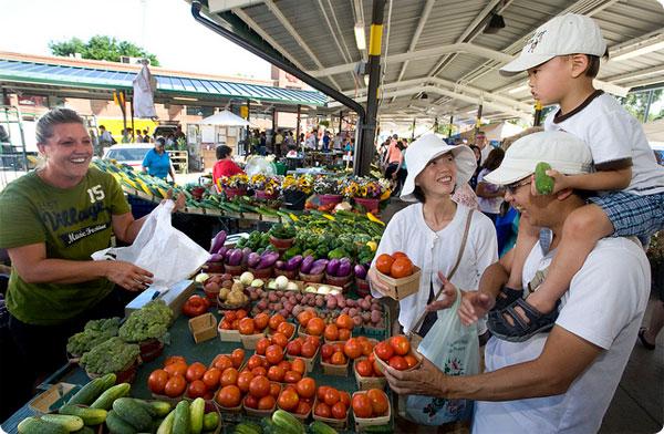 Ann-Arbor-farmers-market.600x392.jpg