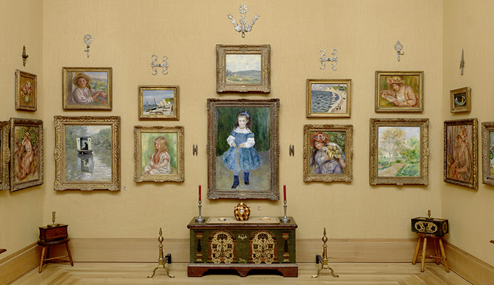 A gallery that replicates the original location in Merion, PA.