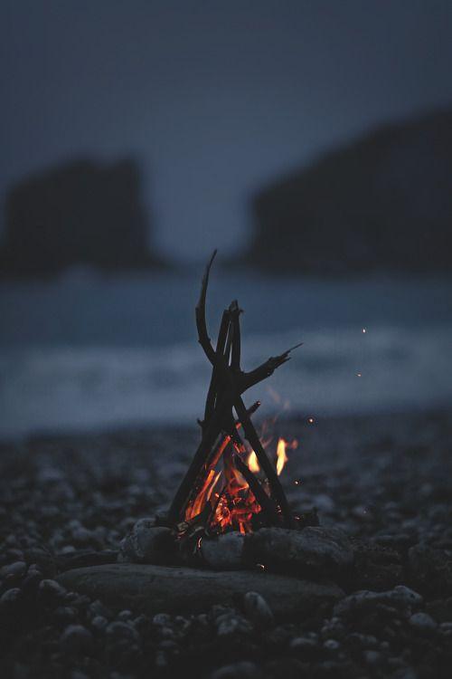 beach campfire.jpg