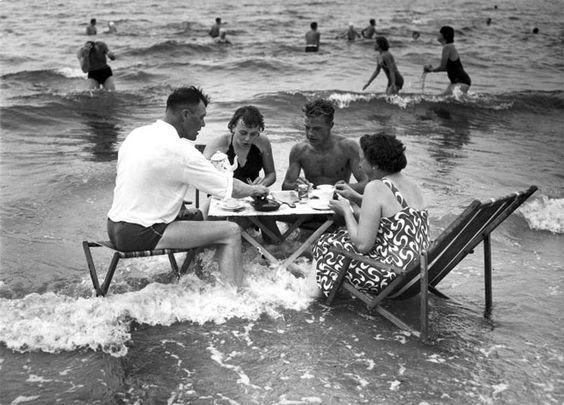 Beach Dining.jpg