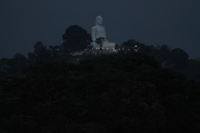 Bahiravokanda Vihara Buddha Statue - Kandy