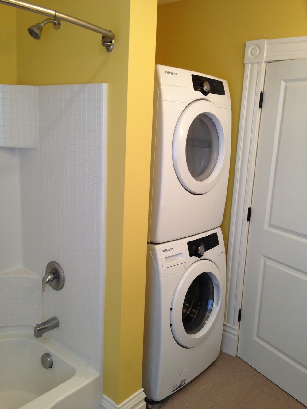 1115 upstairs laundry.JPG