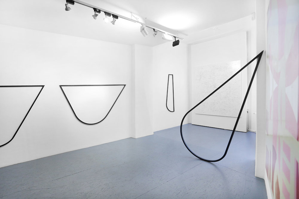 HOLE // installation view  2018 // various sizes  steel  Utopians & Playgrounds @ Galerie Burster  Photo: Silke Briel