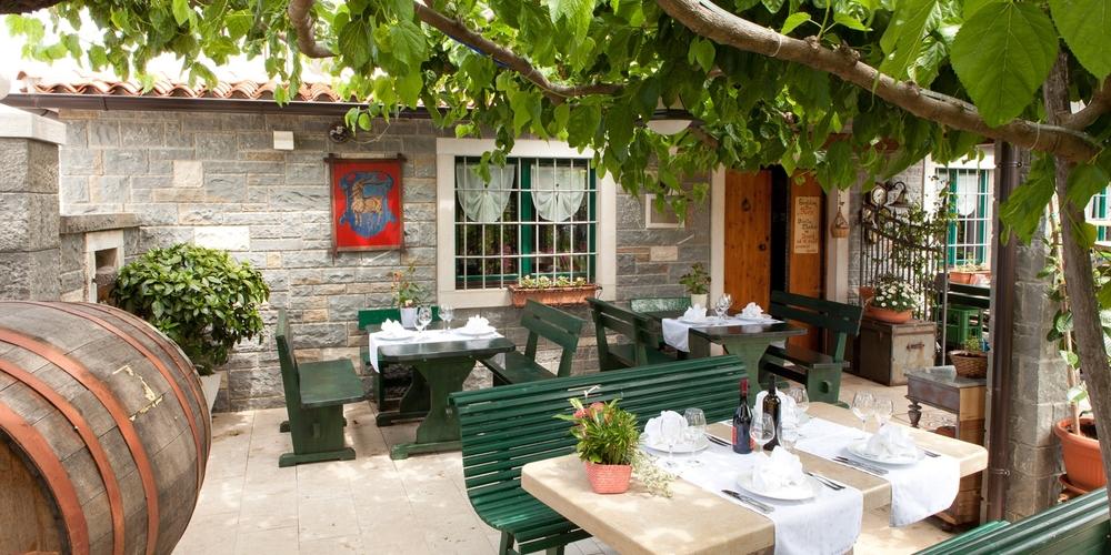 Vrt, Na Burji - pristna Istrska kujinja iz okoliških sestavin