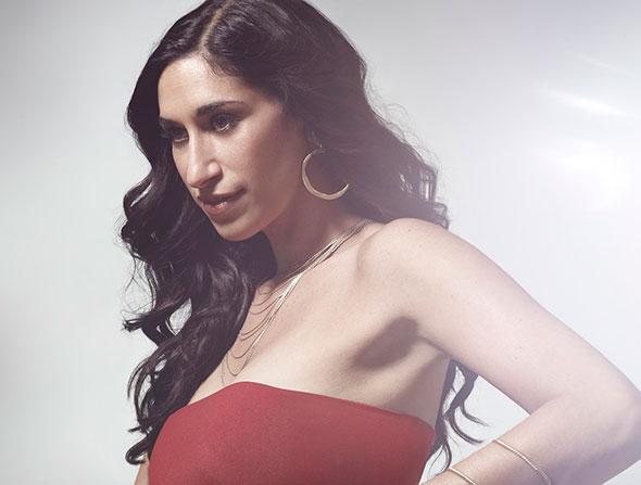 Ladino singer  Sarah Aroeste