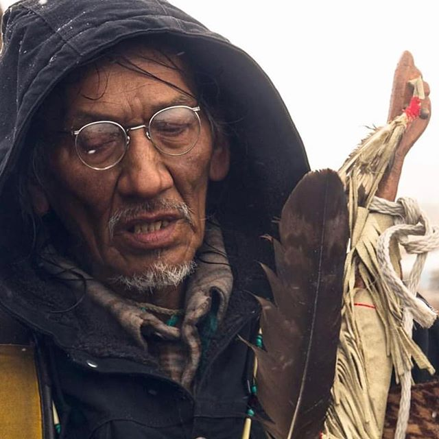 I was so angry this morning when I saw the videos pour through. So fucking angry. But you know what, this man taught me MORE than ANY MAN has ever taught me, today. Chi Miigwetch Nathan, true ogichiidaa 🙏🏽✊🏽 #NathanPhilips