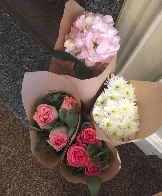Gifts for the girls. #creationsbysamantha #gifts #girls #girlygifts #flowera #hydrangeas #roses #pink #pinkeverything #pinkflowers #mums #torontomoms #toronto #inspiration #pinkwedding #weddingflowers #entrepreneur #hustlehard #torontohustle #torontowork #spoiled #ido #torontobride #bride #yyz